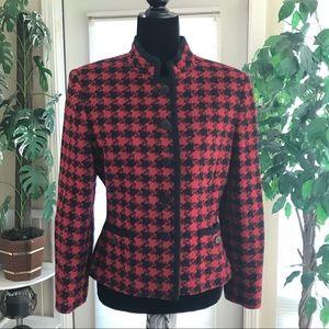 Kasper red wool blend tweed houndstooth blazer